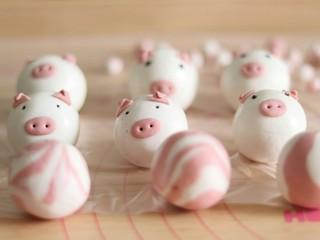 网红猪猪汤圆/花纹汤圆,猪猪汤圆和花纹汤圆就完成了。