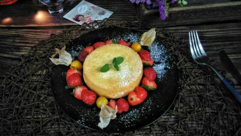 水果伴蛋糕