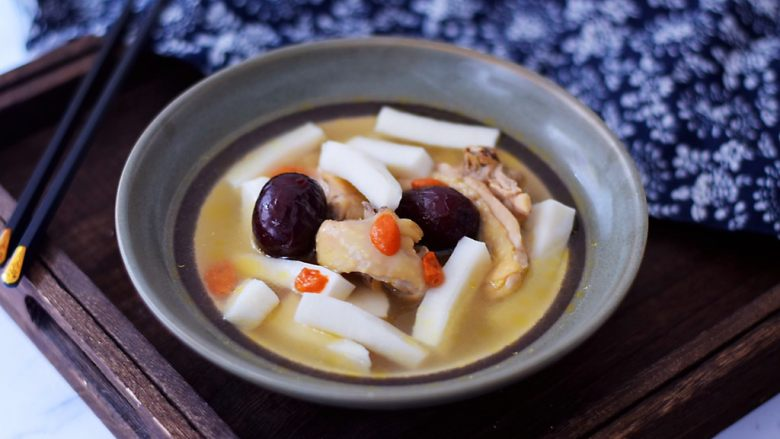 椰子鸡汤,成品图