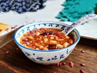 红豆花生燕麦粥,盛上一碗!完成!