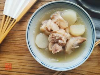 山药猪脚汤,充值你的胶原蛋白,成品图