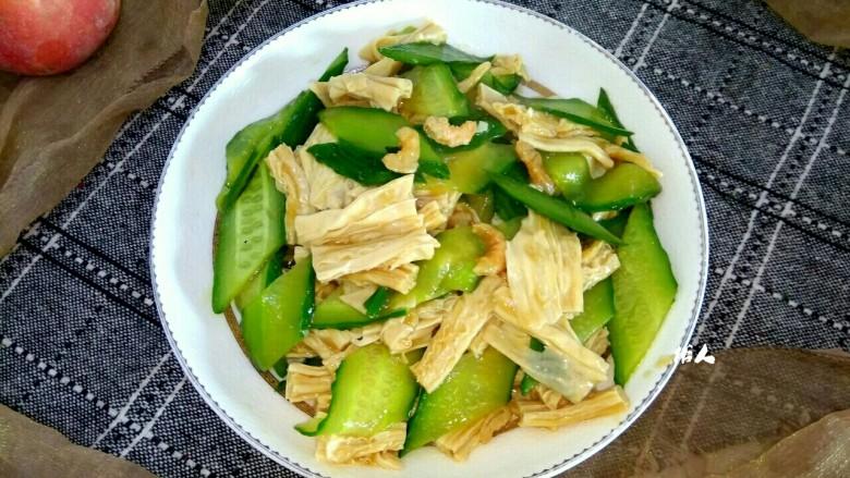 海米腐竹炒黄瓜