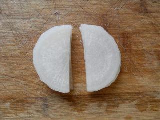 白玉酿肉,对半切开(共10片)。