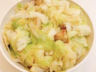 五花肉炒包心菜