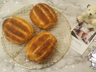 万能早餐-牛奶哈斯,完成了一款万能的牛奶哈斯还是面包就完成了,用单吃或者当三明治面包都是很好的选择。