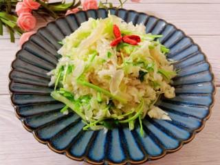 凉拌白菜海蜇皮,成品图