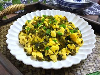地皮菜炒鸡蛋,鲜美脆嫩,营养丰富,快手又简单的一道菜。