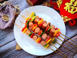 彩椒香肠串,好有食欲吧。