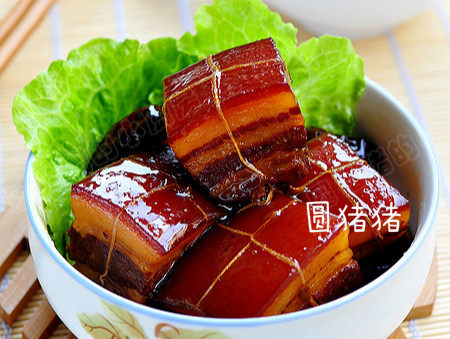 如何炖出不腻的东坡肉--酒店做法及家庭做法