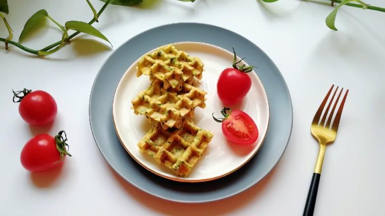 华夫鸡蛋饼,好吃又营养的华夫鸡蛋饼。