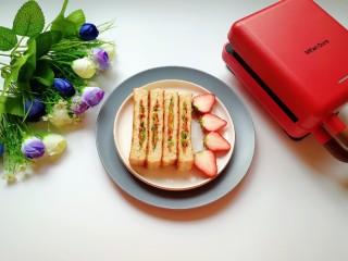 全麦蔬菜三明治,好吃营养不怕胖。