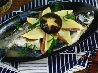 清蒸扁鱼最好吃的做法,味道鲜美,口感鲜嫩,完成