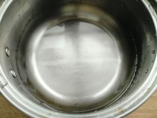 自制肠粉,约250克的水。