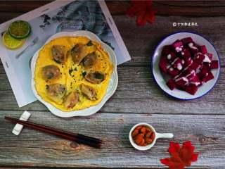 5分钟快手早餐,火龙果的香味与酸奶的乳酸,合而为一!甚是奇妙!