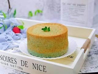 6寸蝶豆花戚风蛋糕