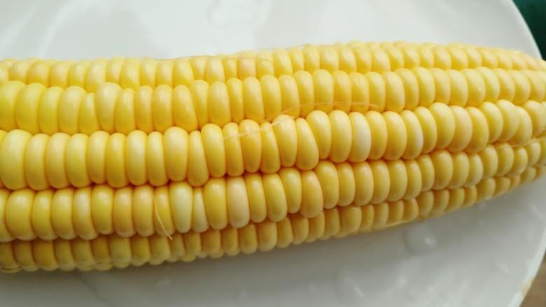 素三彩,准备玉米
