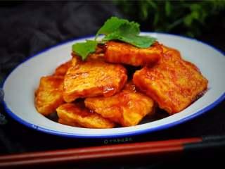 多福豆腐,满满豆香风味独特,而且还有丰富的营养价值