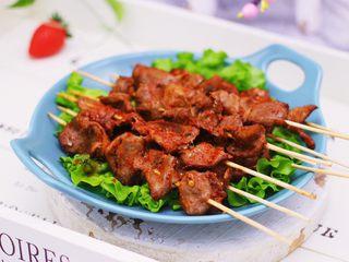 香辣孜然鸡胗串,老公是一口啤酒一口串串,说烤的比烧烤店好吃太多了。