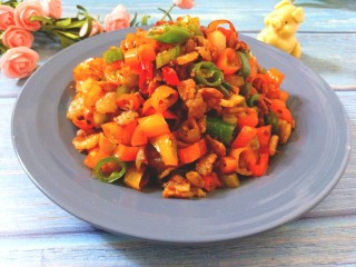 尖椒炒肉,成品图