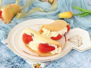 韩式草莓蛋糕卷