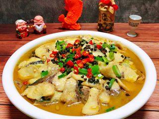 酸菜鱼片汤,来一杯小白烧别有一番滋味