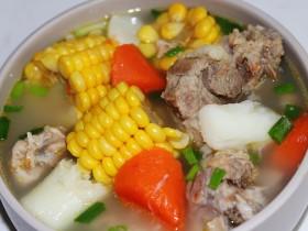 玉米山药胡萝卜排骨汤