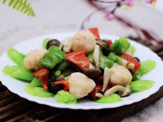 时蔬烩虾球,啦啦啦,鲜美无比的时蔬烩虾球出锅咯。