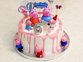 【小猪佩奇主题生日蛋糕】