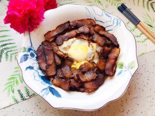鲜香菇鸡蛋蒸酱油肉