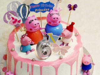 【小猪佩奇主题生日蛋糕】,成品