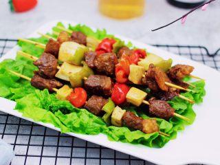 时蔬美味牛肉串,啦啦啦,时蔬烤牛肉串出炉啦。