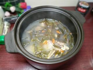 海带鸭子汤,营养的海带鸭子汤做好了