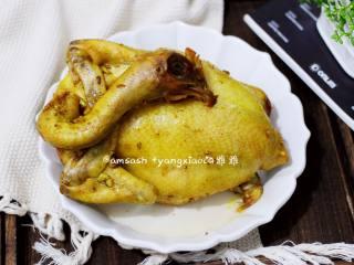 盐焗鸡,香喷喷的盐焗鸡就做好了,鲜嫩多汁的,特别香