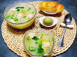 虾滑冬瓜针菇汤