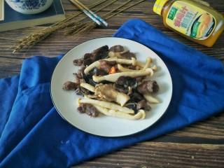 菌菇抄牛肉,成品。