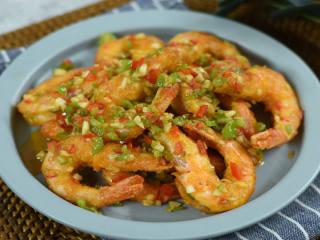 椒盐虾怎样做才好吃?外脆里嫩,色香味俱全才是精髓