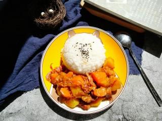 咖喱牛肉饭,完成。