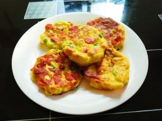 土豆泥火腿鸡蛋饼,外焦里嫩好吃。看了就很有食欲?