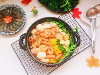 鲜味什锦火锅,成品图