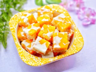 香甜爽滑的芒果牛奶布丁,超好吃~