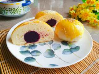 紫薯馅小餐包,自已动手,吃的放心哦。