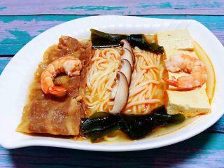 肥羊海虾时蔬面,肥羊海虾时蔬面营养丰富好吃到爆