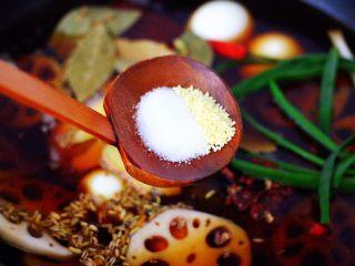 潮汕卤味,根据个人口味加入适量的盐和鸡精调味。