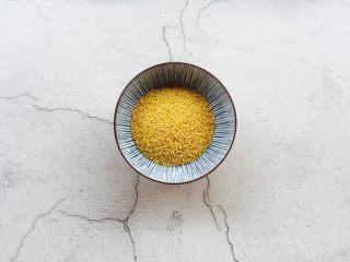 红枣桂圆小米粥,小米