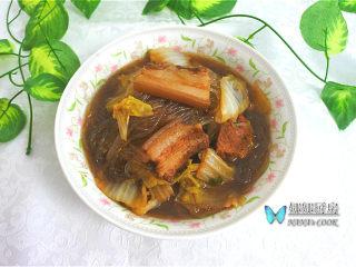 东北炖菜:白菜猪肉炖粉条