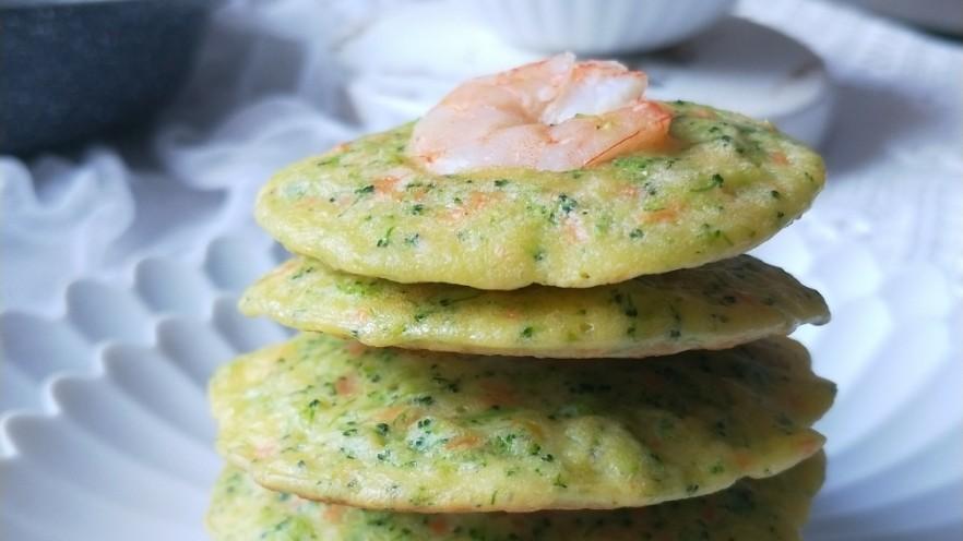 西兰花虾饼