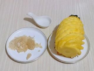 自制零添加菠萝酱,准备食材。
