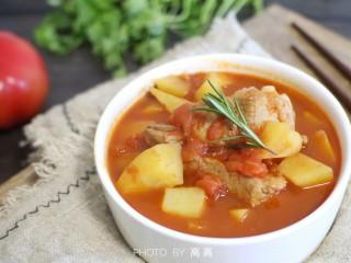 番茄小排土豆汤,成品图