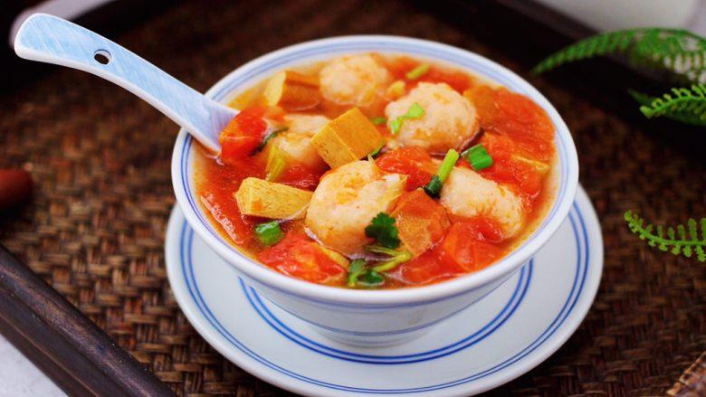 虾滑番茄豆干汤,酸酸甜甜好味道,滋补养生又润肤。
