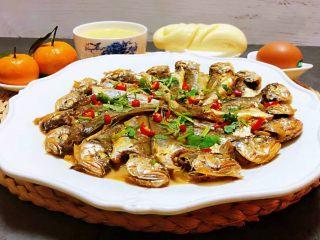 家焖黄花鱼,水果也是每一餐必不可少的美味